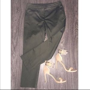 NWT✨ H&M Olive Green Office Pants 😍